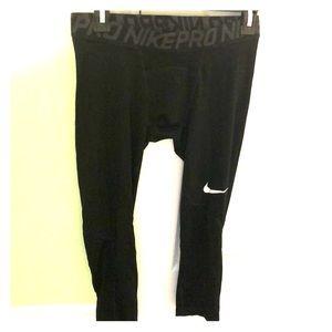 Men's Nike pro compression mid length shorts